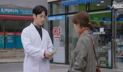 韩《漂亮姐姐》导演新剧,高达8.7分,女主被逼婚爱上单身爸爸