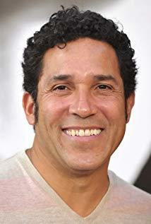 奥斯卡·努内斯 Oscar Nuñez演员