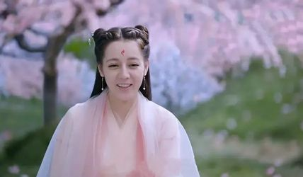 """迪丽热巴的""""尴尬"""",会让多少中国年轻女星""""如梦初醒""""?"""