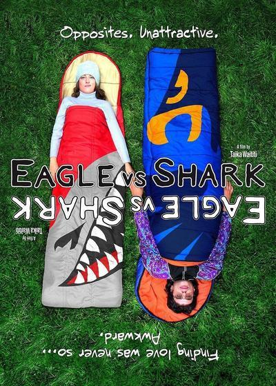 鹰与鲨鱼海报