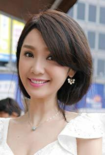 海伦清桃 Helen Thanh Đào演员