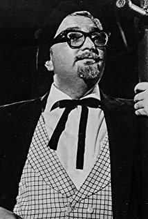 Mel Welles演员