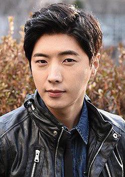 刘章英 Jang-young Yoo演员