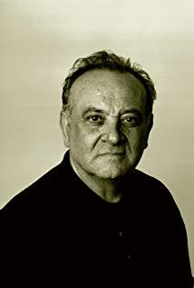 安哲罗·巴达拉曼提 Angelo Badalamenti演员