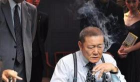 只有这个日本男人,敢拍这么「野性」的电影