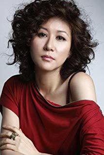 尹艺熙 Yoon Ye Hee演员