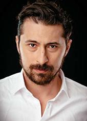 亚历山德鲁-维克多·内姆特亚努 Alexandru-Victor Nemteanu