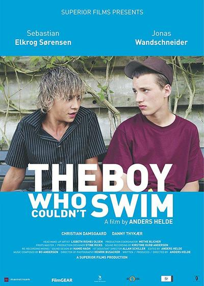 不会游泳的男孩海报