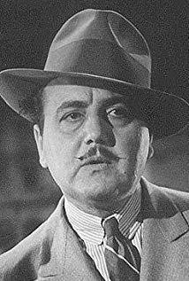 基诺科拉多 Gino Corrado演员