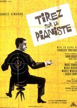 射杀钢琴师海报