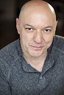 托尼·卡拉布雷塔 Tony Calabretta演员