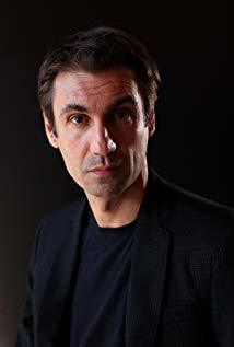 法布里齐奥·吉福尼 Fabrizio Gifuni演员