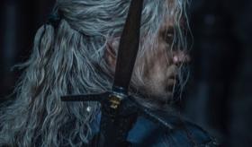 美剧《猎魔人》第二季放出剧照,杰洛特新造型引争议