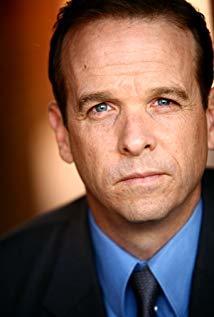 唐纳德·萨基·马凯 Donald Sage Mackay演员