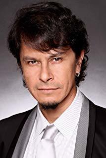 古斯塔沃·桑切斯·帕拉 Gustavo Sánchez Parra演员