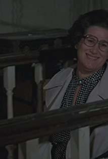 艾尔莎·瑞雯 Elsa Raven演员