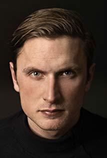 米克尔·福尔斯加德 Mikkel Følsgaard演员