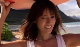 37岁日本美女深田恭子魔鬼身材!肌肤白嫩大长腿诱人