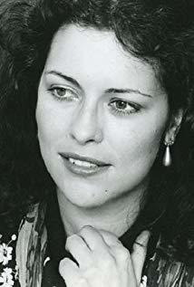 Isabel Mestres演员