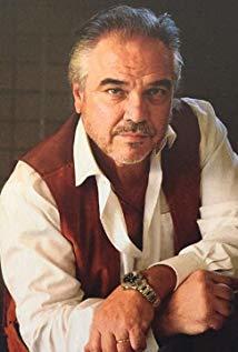W·厄尔·布朗 W. Earl Brown演员