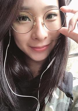李旻芳 Lucy Li演员