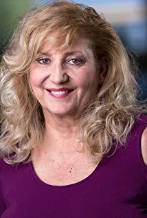 Suanne Spoke演员