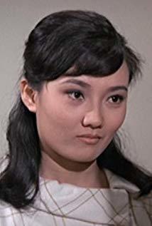 林嘉 Essie Lin Chia演员