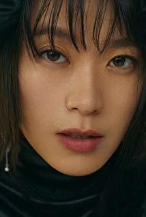 黄璐 Lu Huang演员