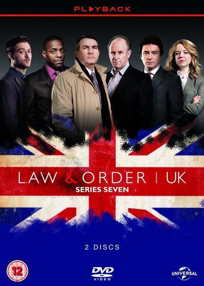 法律与秩序(英版) 第八季海报