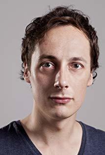 汤姆·贝尔 Tom Bell演员