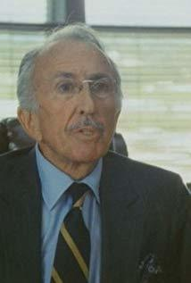 George Petrie演员