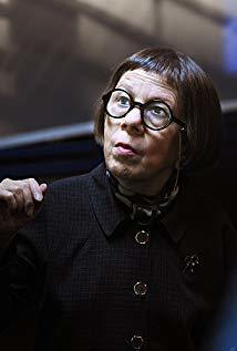 琳达·亨特 Linda Hunt演员