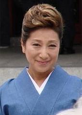 长谷川稀世 Kiyo Hasegawa