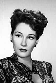 多利斯·道灵 Doris Dowling演员