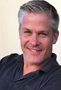Seth Kearsley演员