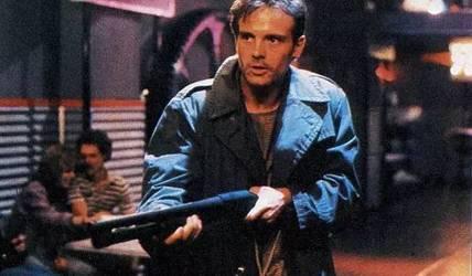 卡梅隆经典科幻片,成本650万美元,全球票房却高达7800万