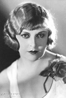 格特鲁德·阿斯特 Gertrude Astor演员