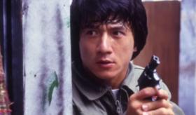 为打破质疑,成龙玩命演戏,拍出香港警匪片巅峰之作,征服好莱坞