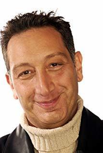 Moisés Kaufman演员