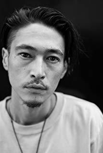 洼冢洋介 Yôsuke Kubozuka演员